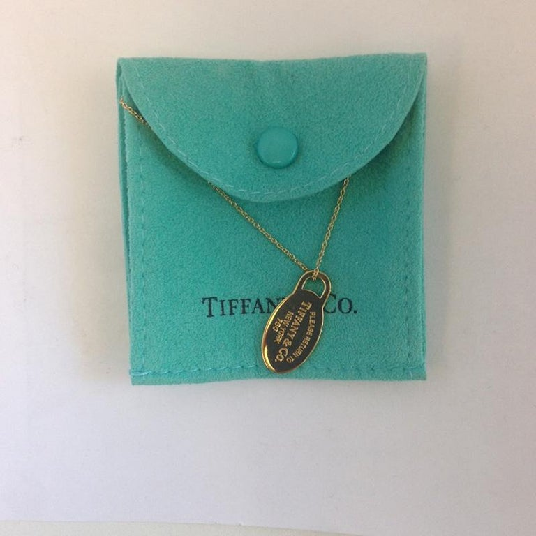 74a77d68d Return to Tiffany & Co. 18 Karat Yellow Gold Oval Dog Tag Necklace In Good
