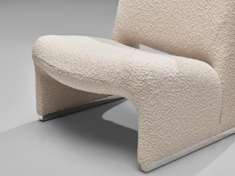 Reupholstered 'Alky' Lounge Chairs in the Style of Giancarlo Piretti For Sale 1