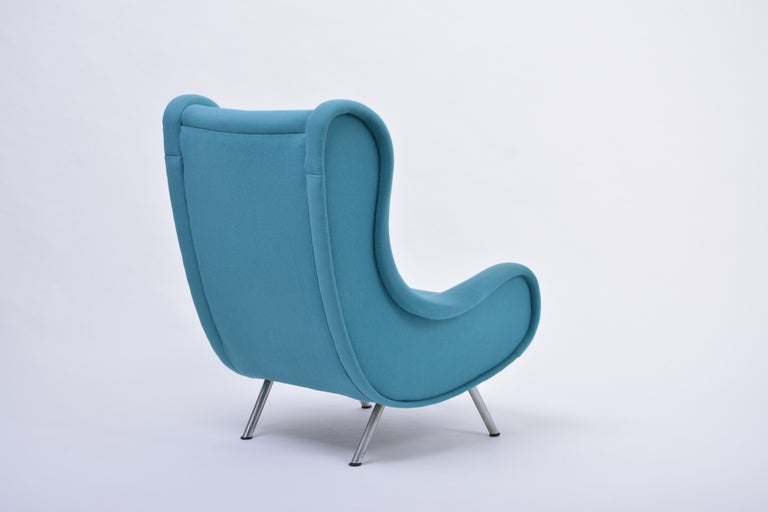 Reupholstered Blue Mid-Century Modern Marco Zanuso Senior Lounge Chair In Good Condition For Sale In Berlin, DE