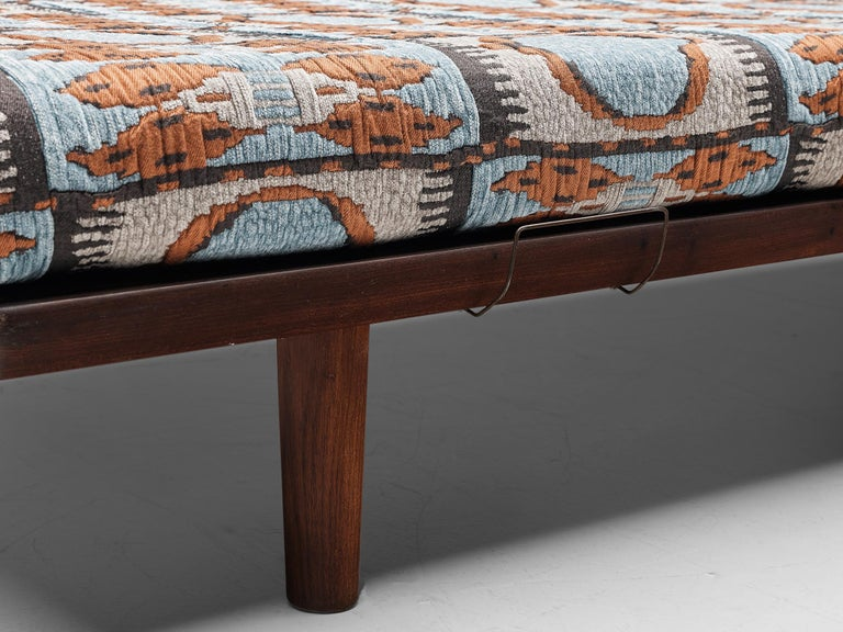 Mid-20th Century Reupholstered Daybed in Pierre Frey by Hans Wegner for GETAMA