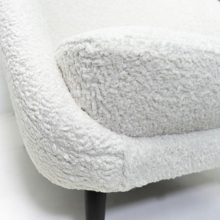 """Reupholstered in Bouclé Theo Ruth """"115"""" Lounge Chairs for Artifort, 1950s 5"""