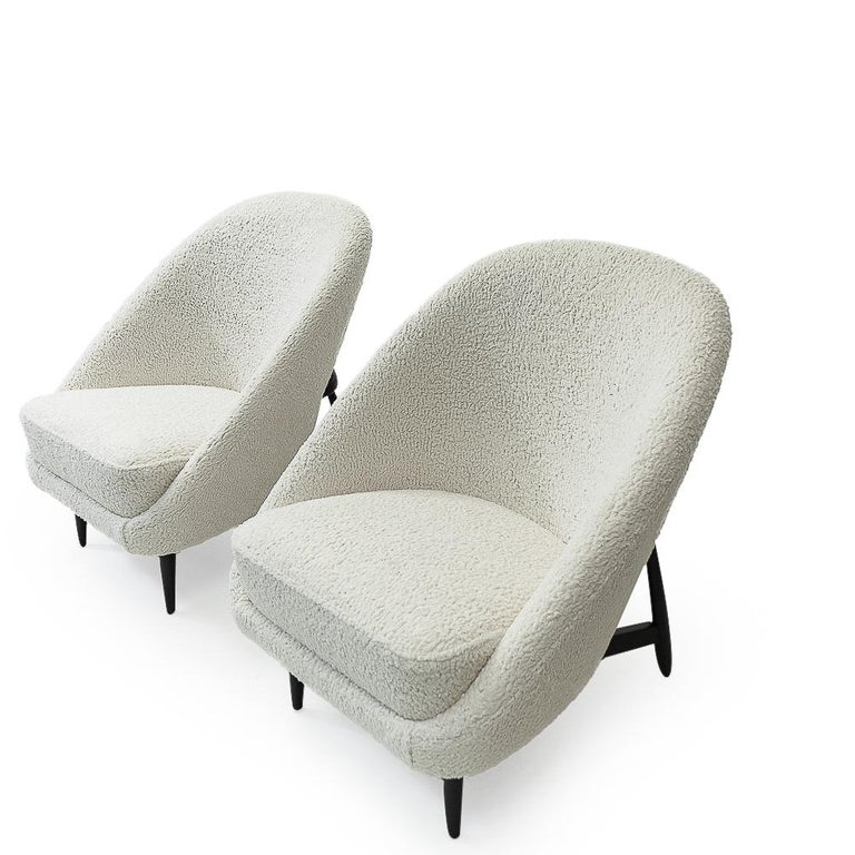 """Dutch Reupholstered in Bouclé Theo Ruth """"115"""" Lounge Chairs for Artifort, 1950s"""