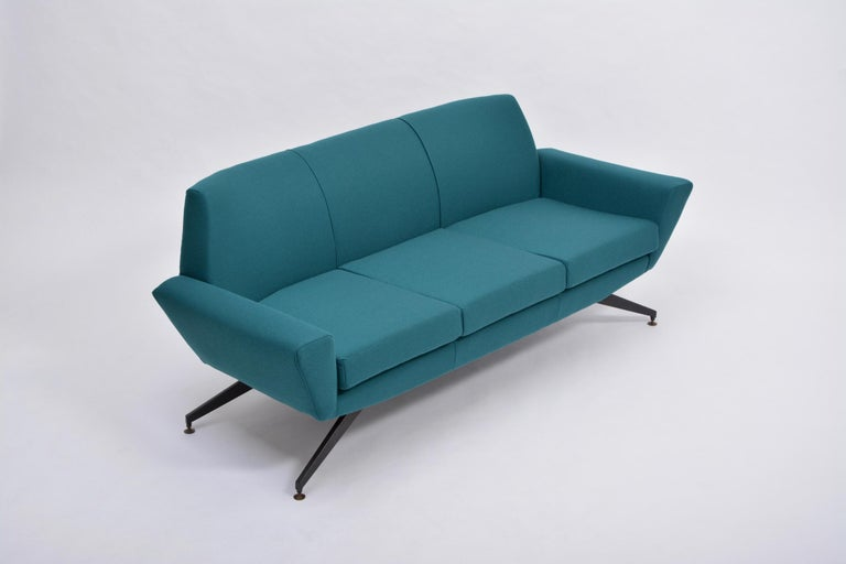 20th Century Reupholstered Italian Mid-Century Modern Sofa with Metal Base by Lenzi For Sale