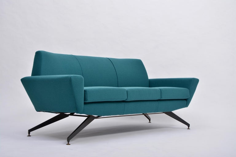 Reupholstered Italian Mid-Century Modern Sofa with Metal Base by Lenzi For Sale 1