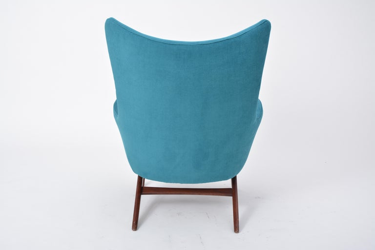 Reupholstered Model 207 Reclining Lounge Chair Designed by H.W. Klein 9