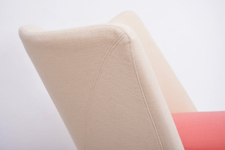 Reupholstered Torso Lounge Chair Designed by Paolo Deganello For Sale 7