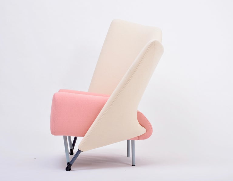 Italian Reupholstered Torso Lounge Chair Designed by Paolo Deganello For Sale