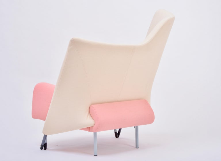 Reupholstered Torso Lounge Chair Designed by Paolo Deganello In Good Condition For Sale In Berlin, DE