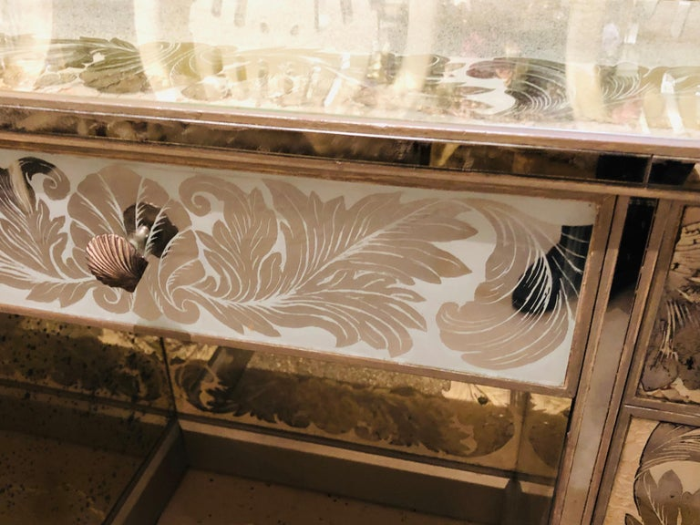 Reverse Paint Decorated Hollywood Regency Desk or Vanity Vintage Deco Style For Sale 5