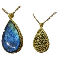 Reversible Labradorite Pendant Necklace Set in 22k Gold