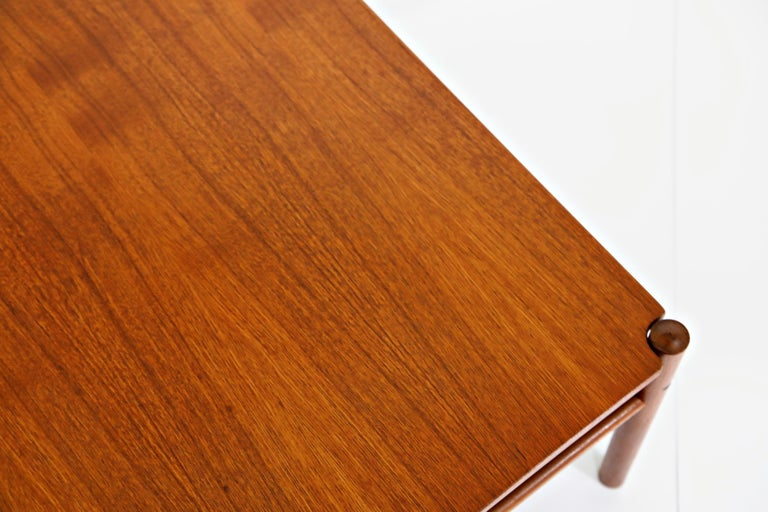 Reversible Teak & Formica Coffee Tables by Ole Wanscher for Poul Jeppesen For Sale 8