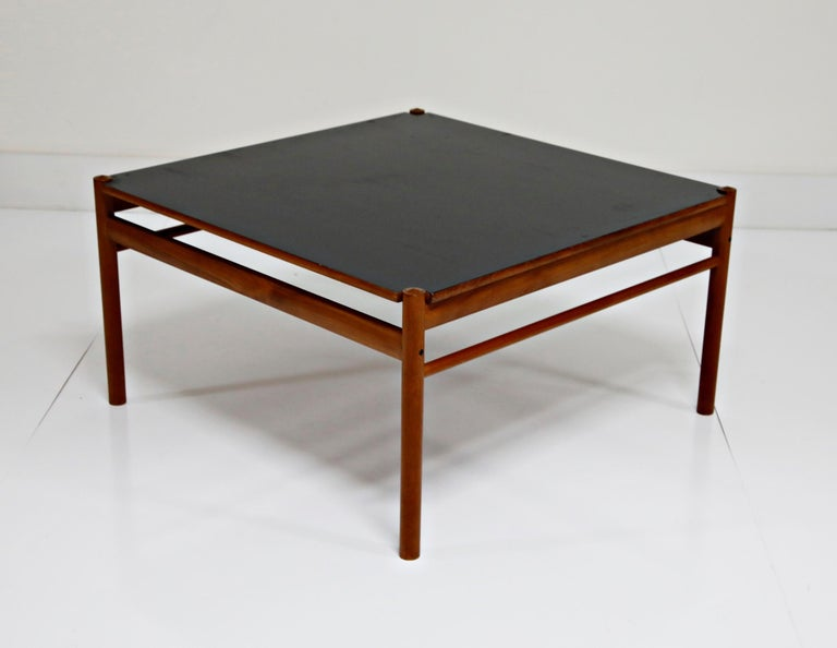 Mid-Century Modern Reversible Teak & Formica Coffee Tables by Ole Wanscher for Poul Jeppesen For Sale