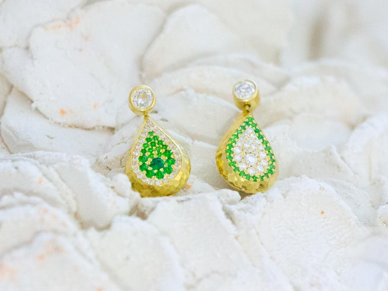 Artisan Reversible Tsavorite and Diamond Pavé Drop Earrings in 18 Karat Gold For Sale