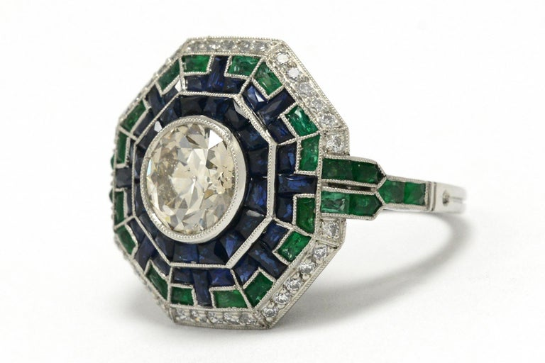 Women's Art Deco Style 2 Carat Diamond Cocktail Ring Emerald Sapphire Engagement Ring For Sale