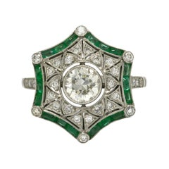 Art Deco Style Diamond Emerald Engagement Ring Star Snowflake Cocktail Ring