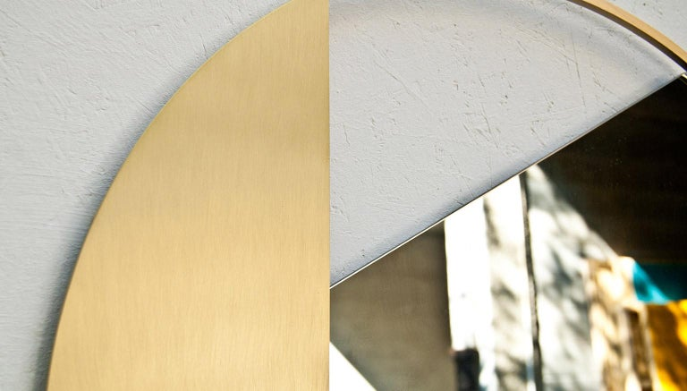 Revolution N01 90, 21st Century Round Wall Mirror in Natural Brass In New Condition For Sale In Milano, IT