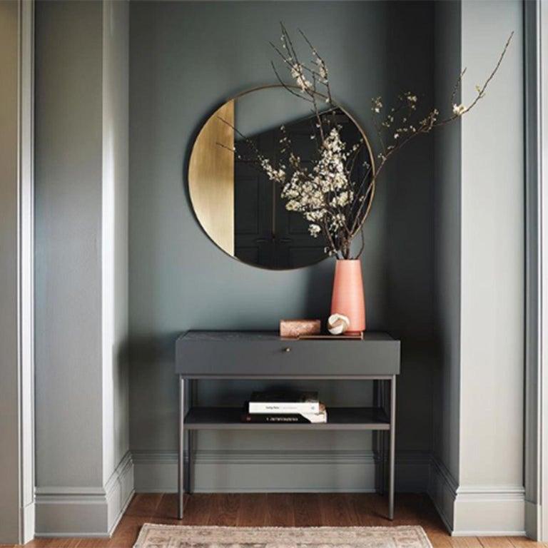 Revolution N01 90, 21st Century Round Wall Mirror in Natural Brass For Sale 1