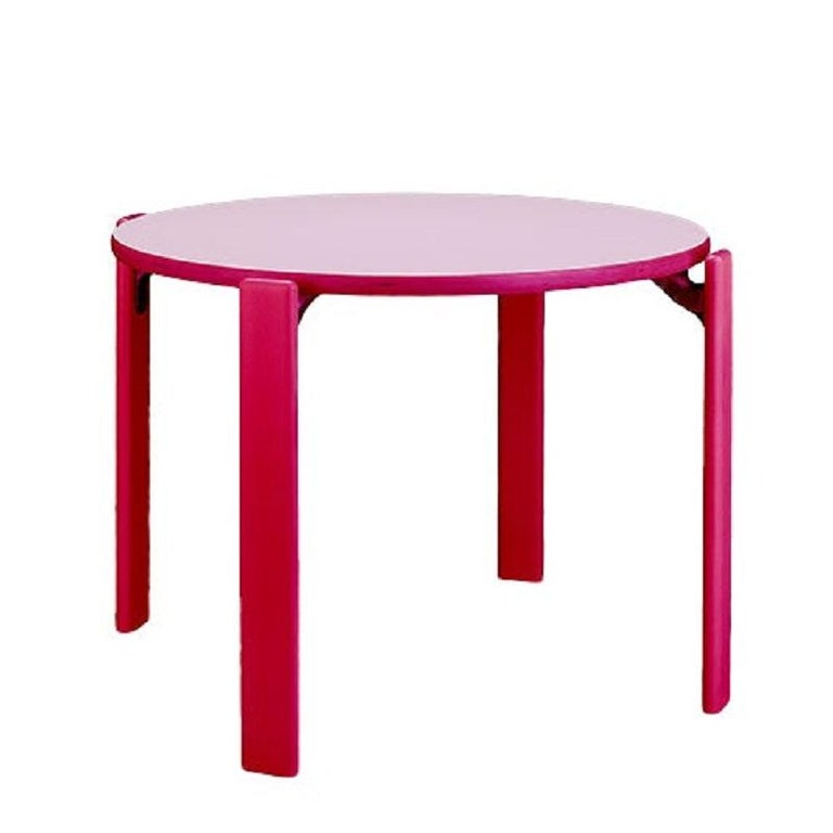 This is the children furniture collection based on the famous Rey chair that was designed in 1971.  The Rey Junior set includes 4 chairs and 1 table in candy color.  Designed by Bruno Rey, the Rey chair is famed internationally for its elegance