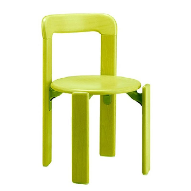 This is the children furniture collection based on the famous Rey chair that was designed in 1971.  The Rey Junior set includes 4 chairs + 1 table in Arik levy soft acid 3 green color.  Designed by Bruno Rey, the Rey chair is famed