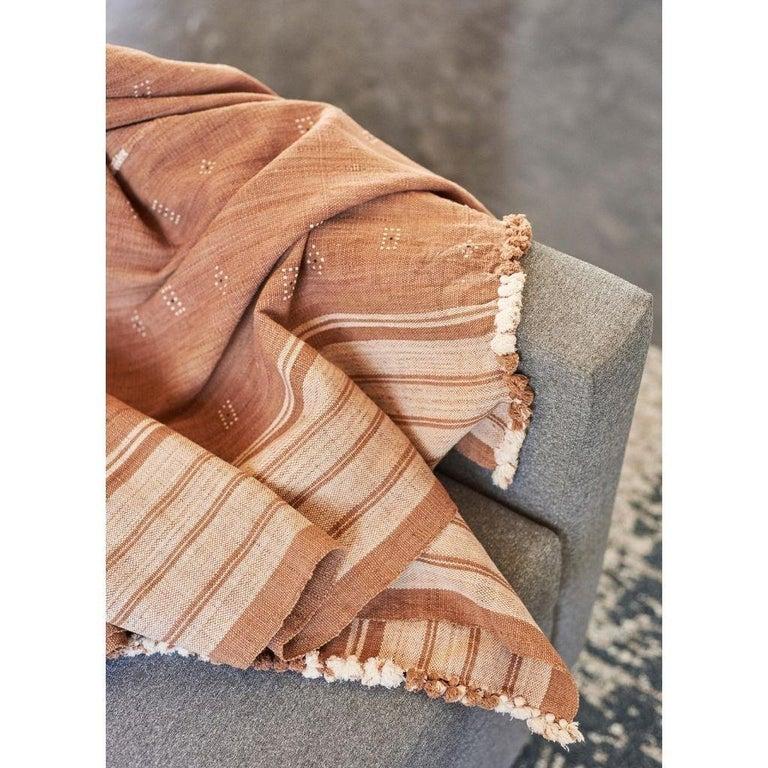 Hand-Woven REYTI Earthy Minimal Pattern Handloom King Bedspread Coverlet in Organic Cotton For Sale