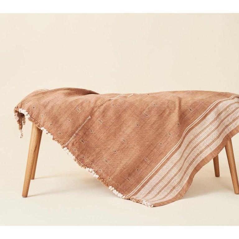 Yarn REYTI Earthy Minimal Pattern Handloom King Bedspread Coverlet in Organic Cotton For Sale