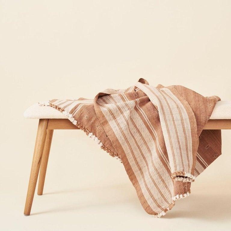 Reyti Earthy Minimal Pattern Handloom Queen Bedspread Coverlet in Organic Cotton For Sale 8