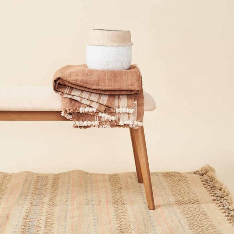 Reyti Earthy Minimal Pattern Handloom Queen Bedspread Coverlet in Organic Cotton For Sale 9