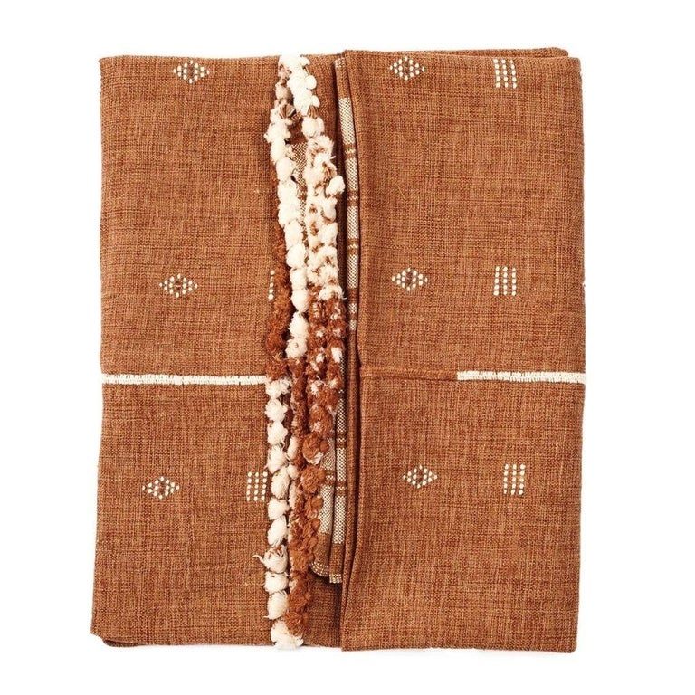 Hand-Woven REYTI Handloom Throw / Blanket In Organic Cotton With Minimal Patterns For Sale