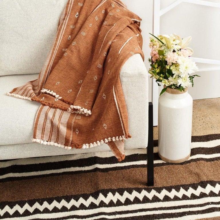 REYTI Handloom Throw / Blanket In Organic Cotton With Minimal Patterns For Sale 1