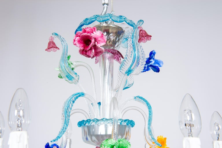 Hand-Crafted Rezzonico Chandelier in Blown Murano Glass with Glass Paste Flowers, Italy For Sale