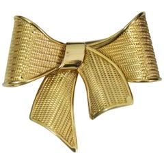 Ribbon 18 Karat Vintage Brooch
