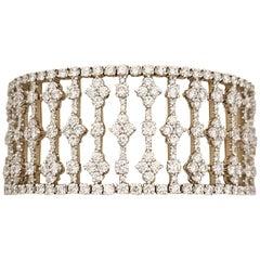 Ricco 18 Karat White Gold 27.90 Carat Diamond Wide Openwork Bracelet