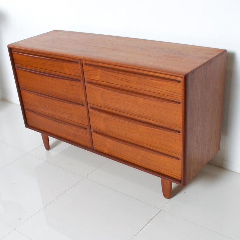 Danish Rich Sculptural Scandinavian Modern Teak 8-Drawer Dresser Svend Aage Madsen 1960 For Sale