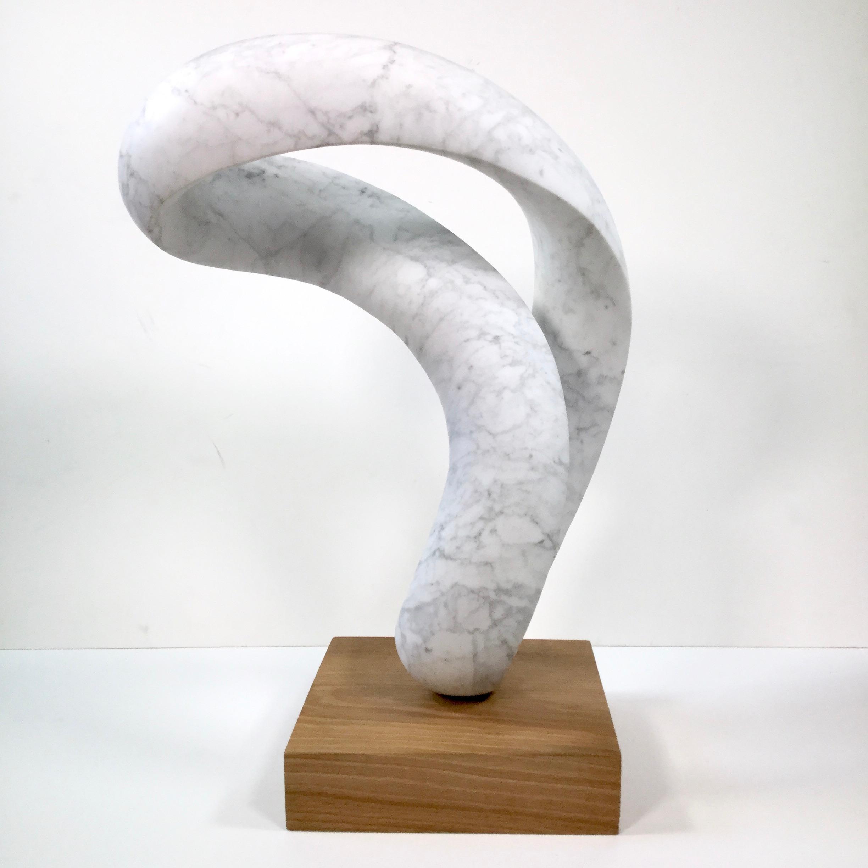 Richard Fox. Moebius III, marble sculpture on slate base