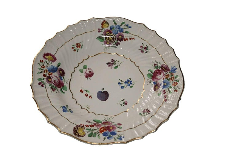 Italy Richard Ginori Mid-18th Century Porcelain Set 8 Dishes Floral Design For Sale 5