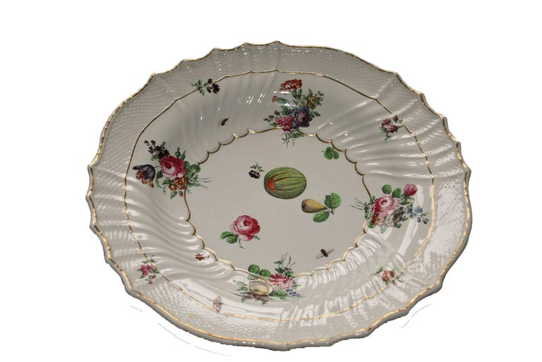 Italy Richard Ginori Mid-18th Century Porcelain Set 8 Dishes Floral Design For Sale 7