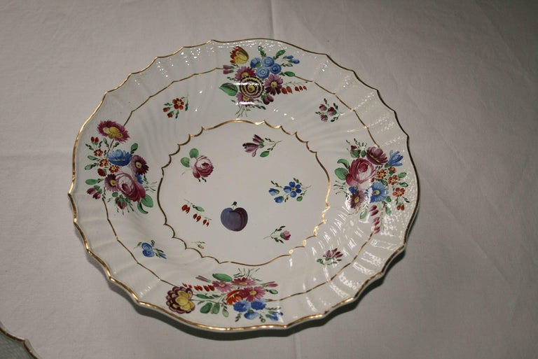 Hand-Crafted Italy Richard Ginori Mid-18th Century Porcelain Set 8 Dishes Floral Design For Sale