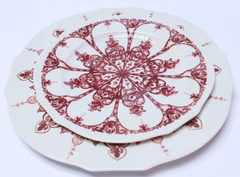 Italian Richard Ginori Babele Rosso Red Dinner Plate For Sale