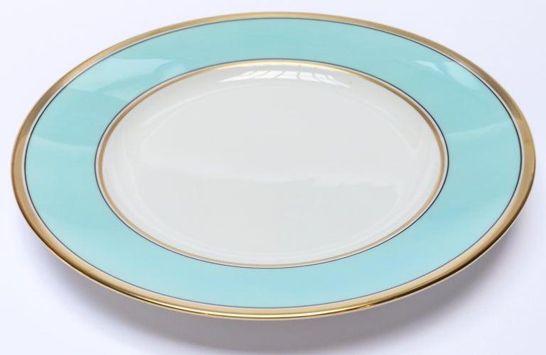 Richard Ginori Contessa Indaco blue dinner plate in the Impero shape 26.5cm in diameter.