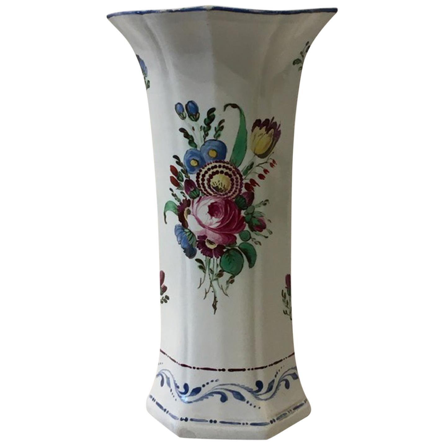 Italy Richard Ginori Doccia Early 18th Century Porcelain Vase