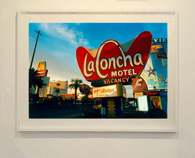 La Concha on the Strip (Day) - American Color Photography For Sale 2