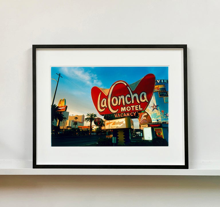 La Concha on the Strip (Day) - American Color Photography For Sale 5