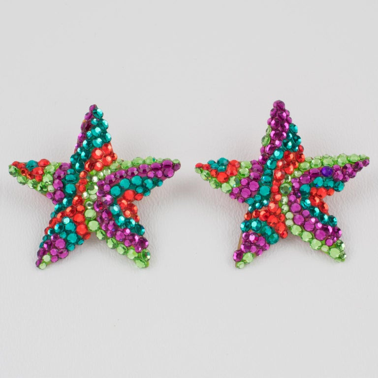 Richard Kerr Multicolor Star Jeweled Clip Earrings In Excellent Condition For Sale In Atlanta, GA