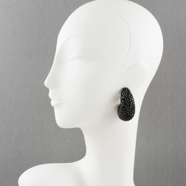 Richard Kerr Nautilus Black Crystal Clip Earrings In Excellent Condition For Sale In Atlanta, GA