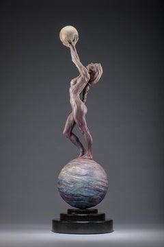 Diana Earth & Moon, Atelier