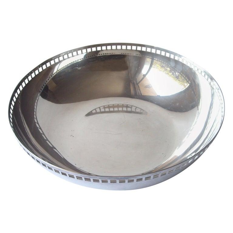 Richard Meier Large Stainless Steel Bowl for Swid Powell For Sale