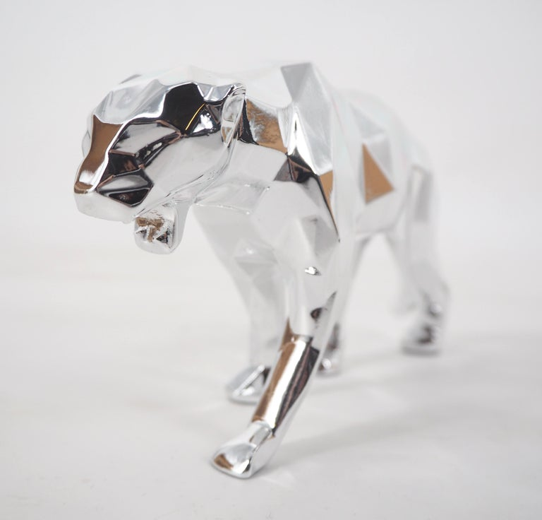 Richard ORLINSKI Panther Spirit (Silver Edition)  Sculpture in resin Metallic silver About 9 x 18 x 3,5 cm (c. 3,5 x 7 x 1,3 in) Presented in original box with certificate  Excellent condition