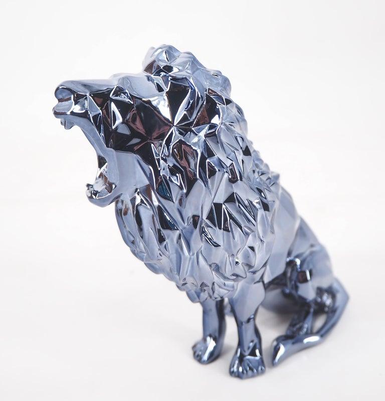 Roaring Lion Spirit (Petrol edition) - Sculpture For Sale 1