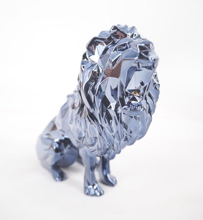 Richard Orlinski Figurative Sculpture - Roaring Lion Spirit (Petrol edition) - Sculpture