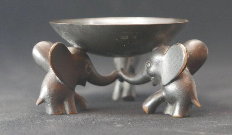 Mid-Century Modern Richard Rohac Small Elephant Pedestal Bowl For Sale